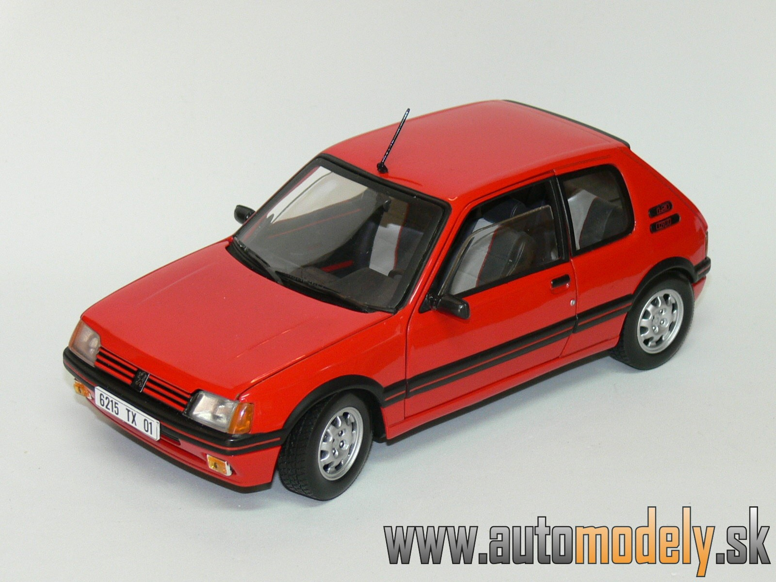 Solido - Peugeot 205 GTi ( RED ) - 1:18