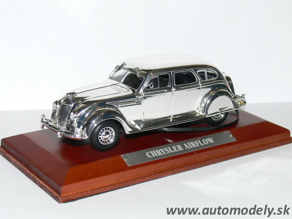 Silver-Cars Collection - Chrysler Airflow - 1:43