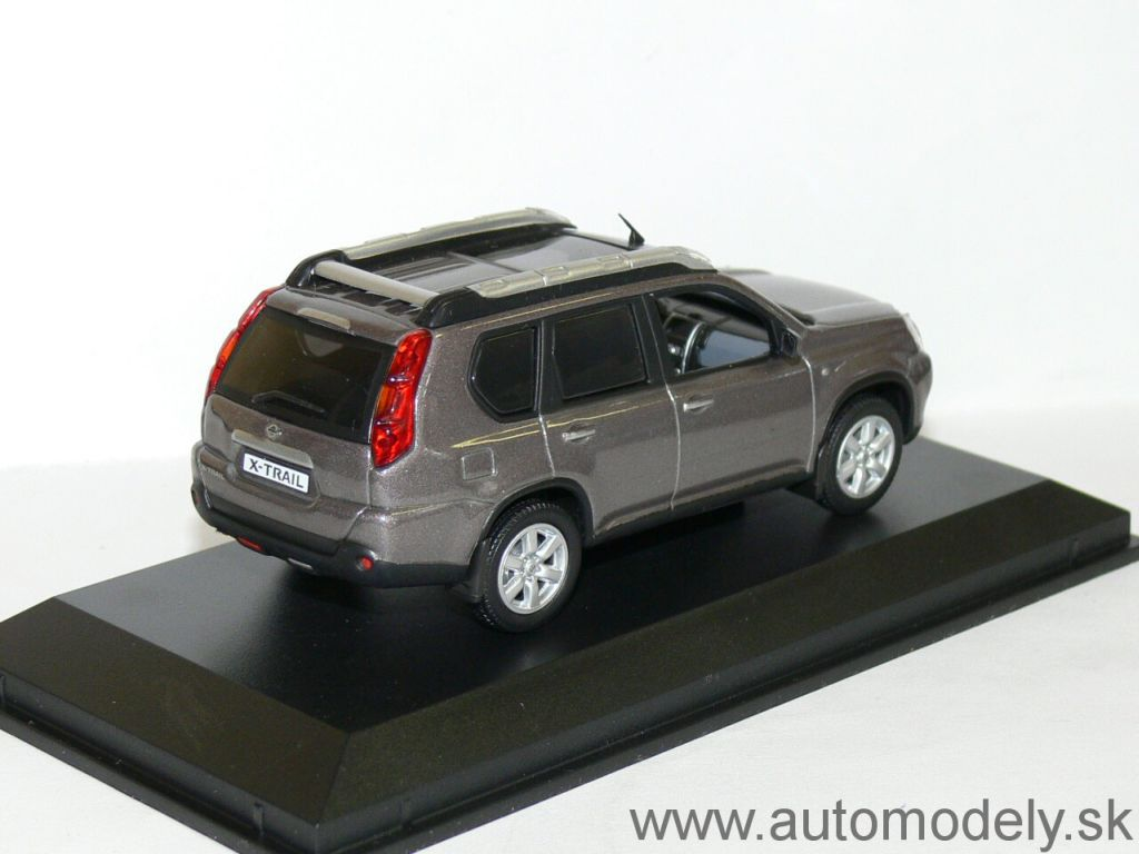 Norev - Nissan X-Trail - 1:43