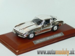 Chevrolet Corvette Stingray - 1:43 Silver-Cars Collection