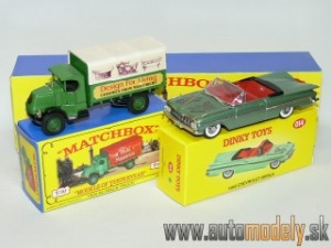 Matchbox Yesteryear Major Pack M-13 - 1920 AC Mack Truck & 1959 Chevrolet Impala