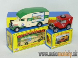 Matchbox Yesteryear Major Pack M-8 - Morris Courier Van & Austin 7 Van