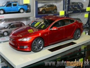 LS Collectibles - Tesla Model S Facelift 2016 Red - 1:18