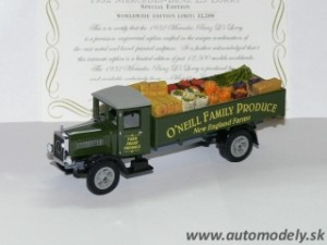 "Matchbox YY032A - 1932 Mercedes Benz L5 Lorry ""O´Neill Family Produce"""
