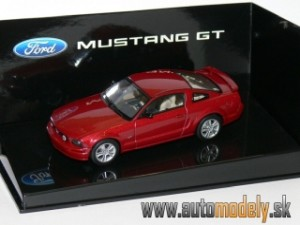 AutoArt 52762 - Ford Mustang GT 2005 (2004 Auto Show Version) Red Fire - 1:43