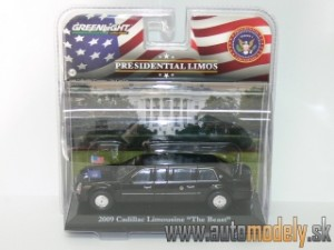 "GreenLight - 2009 Cadillac Limousine ""The Beast"" Presidential Limos - Barak Obama - 1:43"