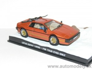 "Lotus Esprit Turbo - JAMES BOND ""For Your Eyes Only"" - 1:43"