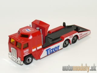 Matchbox - Kenworth Cabover Racing Transporter - 1:90