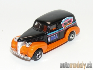 "Matchbox - '39 Chevy Sedan Delivery ""San Antonio Spurs NBA"" - 1:57"