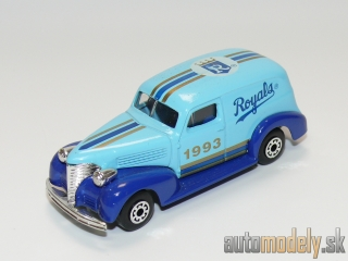 "Matchbox - '39 Chevy Sedan Delivery ""Royals MLB"" - 1:57"
