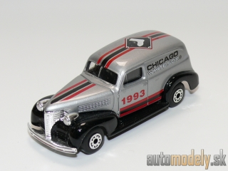 "Matchbox - '39 Chevy Sedan Delivery ""Chicago White Sox MLB"" - 1:57"