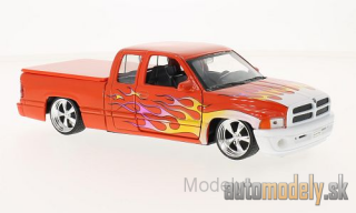 Welly - Dodge Ram Quad Cab 1500 sport, dunkelorange/Decorated - 1:24