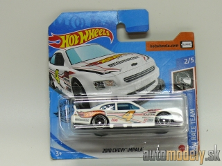 Hot Wheels - HW Race Team 2010 Chevy Impala 2/5